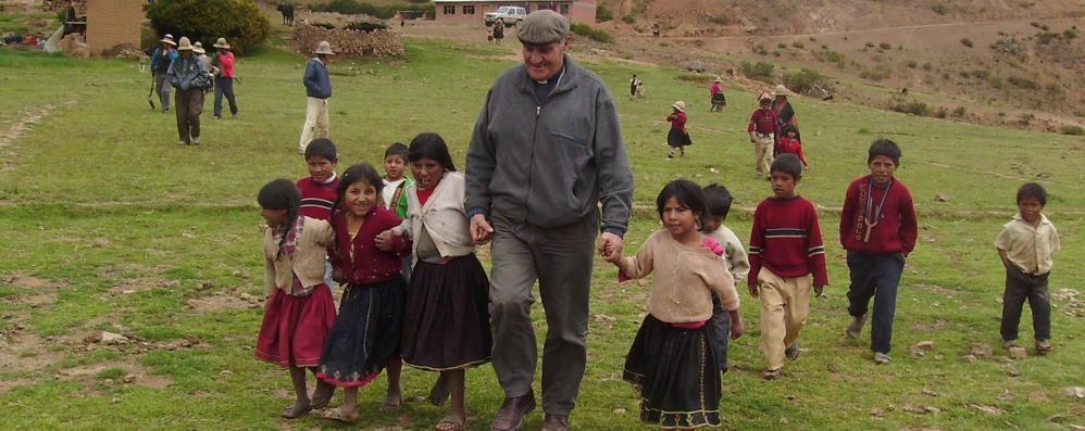 Si è spento monsignor Angelo Gelmi Una vita per la Bolivia. Lunedì i funerali
