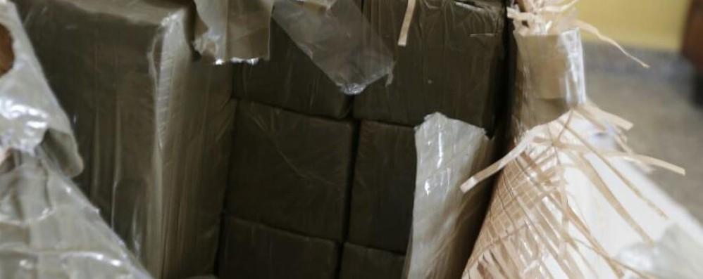 Beccati con 124 chili di hashish Due arresti a Capriate