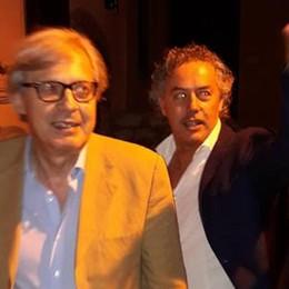 Vittorio Sgarbi si sente male a Lovere Dal Papa Giovanni bacchetta Christo