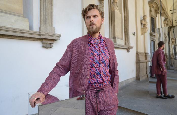 abito elegante uomo van gogh