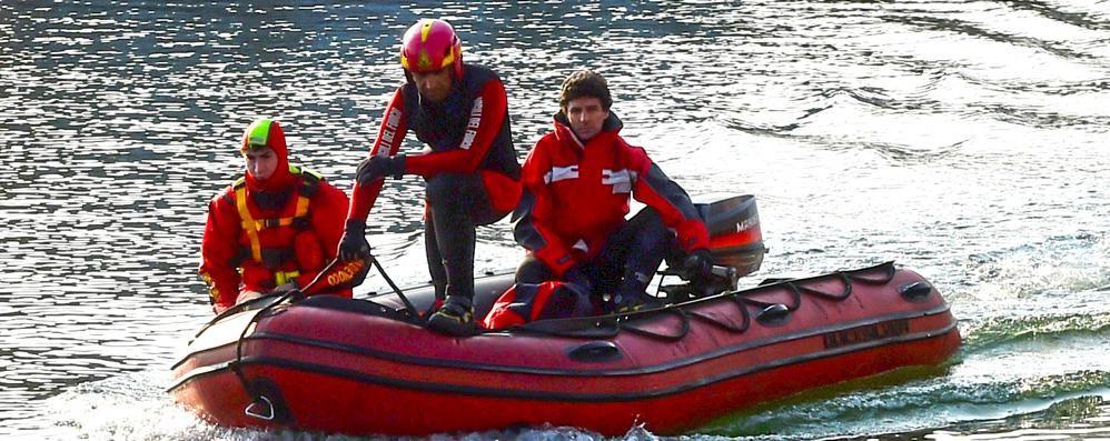 Lecco, sub bergamasco disperso nel lago Non risale dopo immersione col fratello