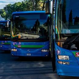 Bus extraurbani, mancano i fondi Nuovi tagli in arrivo: ecco cosa cambia