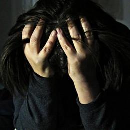 Nel vortice della tossicodipendenza Chiusi in casa senza cibo e riscaldamento