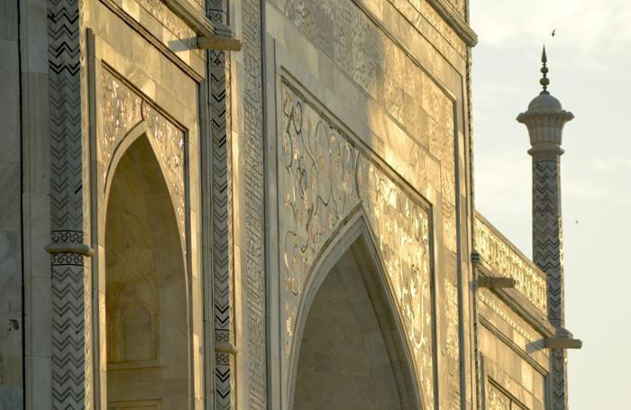 Il Taj Mahal venne costruito utilizzando materiali provenienti da ogni parte dell'India e dell'Asia.