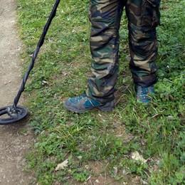 Selvino, scopre tesoro d'età romana Un operaio 54enne nei guai: illecito