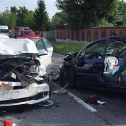 Incidente ad Arzago, tre feriti - le foto Mattinata di traffico nella Bassa