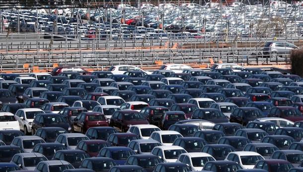 Mercato auto +11,9% a giugno, +13,6% Fca
