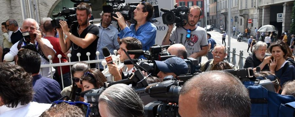 Processo Bossetti: tribunale assediato Ultima udienza, sentenza attesa in serata