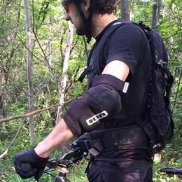 Maresana, fil di ferro teso contro i biker «Stupidità e ignoranza senza limiti»