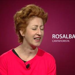 Ecco Rosalba, la cantafiorista «Voglio portare sole e vita»