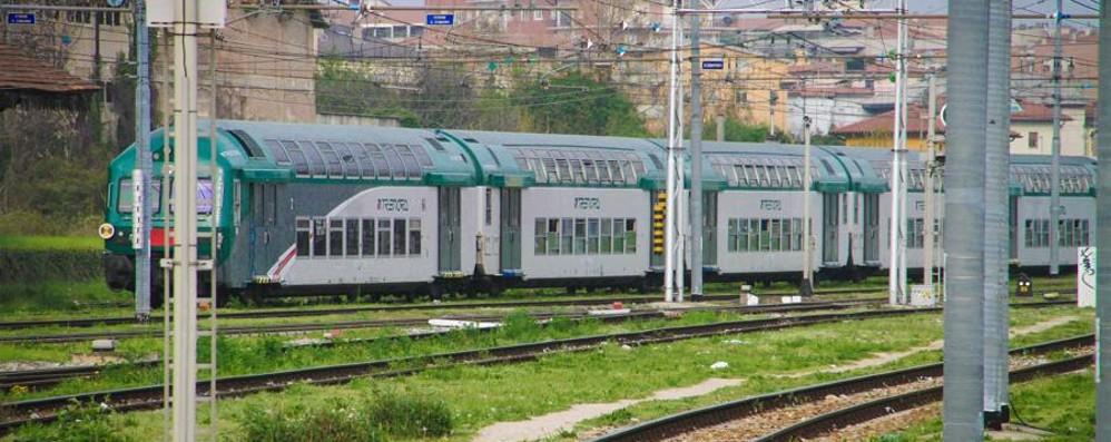 Ubriaco crea il caos sul treno Fermato dai carabinieri e denunciato
