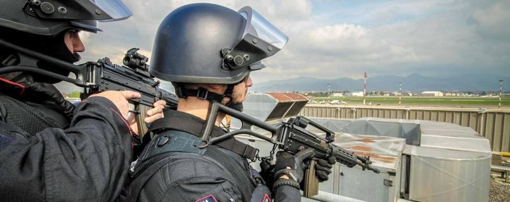 Corpi speciali delle forze dell'ordine in 20  città italiane.  Bergamo monitorata
