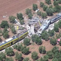 Disastro ferroviario in Puglia: sei indagati Ancora da accertare causa dello scontro
