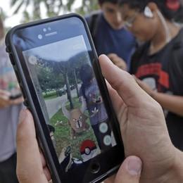 Pokemon Go, il gioco è già mania Il web discute  tra allarmi e bufale - Video