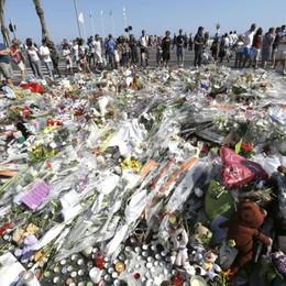 Strage di Nizza: un italiano tra le vittime Si teme per altri quattro connazionali