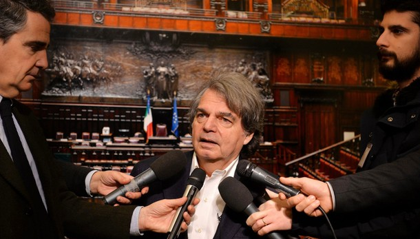 Brunetta, indecente no data referendum