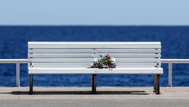 Nizza: salme rientrano in Italia