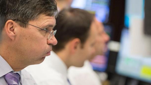 Borsa: Milano chiude in ribasso (-0,16%)