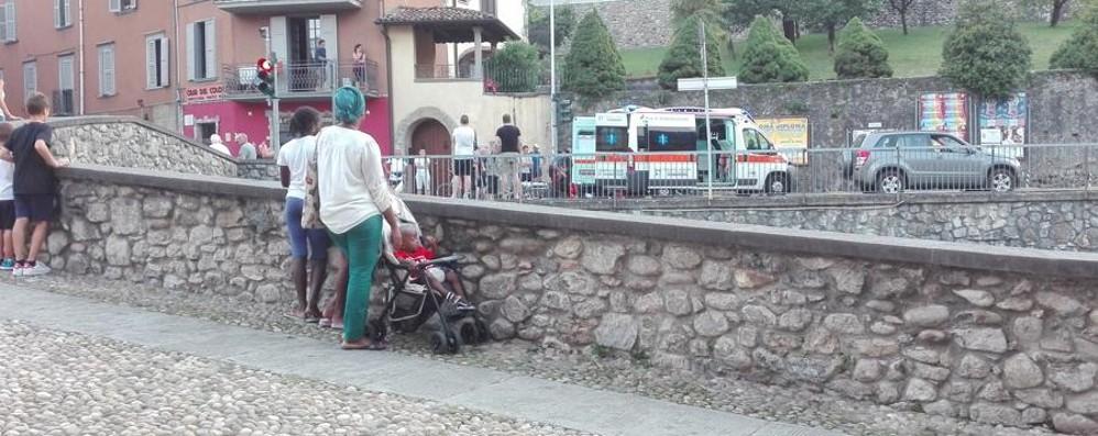 Ciclista 18enne investito a Vertova È ricoverato in prognosi riservata