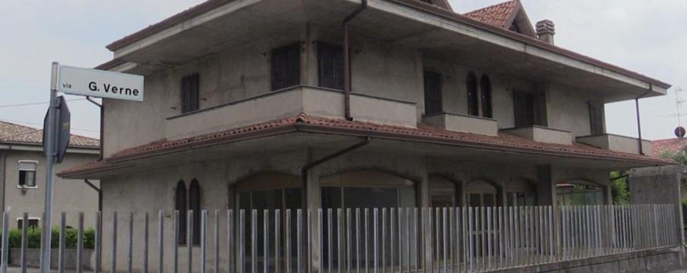 Furto degenerato in rapina a Bagnatica Aggredito 60enne in casa. Bottino di 200 €