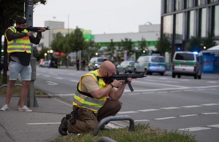 Caccia all'uomo a Monaco, in Germania