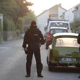 Germania: rifugiato siriano si  fa esplodere 12 feriti a un concerto vicino Norimberga