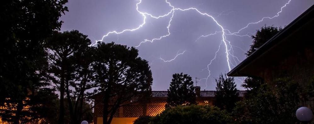 Che lampi, che tuoni nella notte Ora ancora afa, ma con nuovi temporali