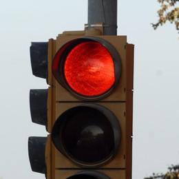 A Dalmine il semaforo rosso è d'oro  Duemila multe in due mesi