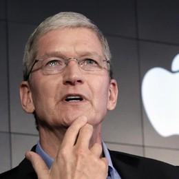 Apple festeggia il miliardesimo iPhone nel periodo  peggiore: vendite in calo