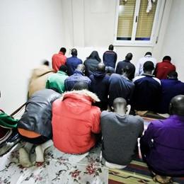 Profughi, in 3 mesi respinte 195 richieste Caritas: così è peggio, diventano irregolari