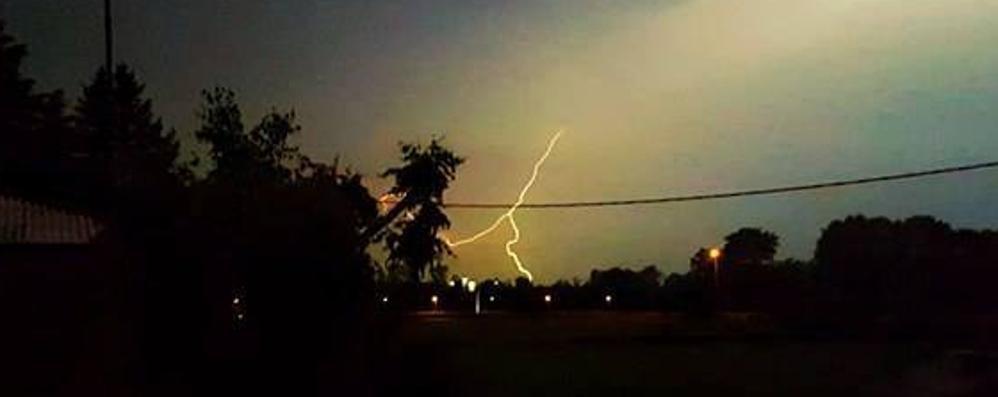 Fulmini, tuoni e pioggia Nuovi temporali in serata - Foto