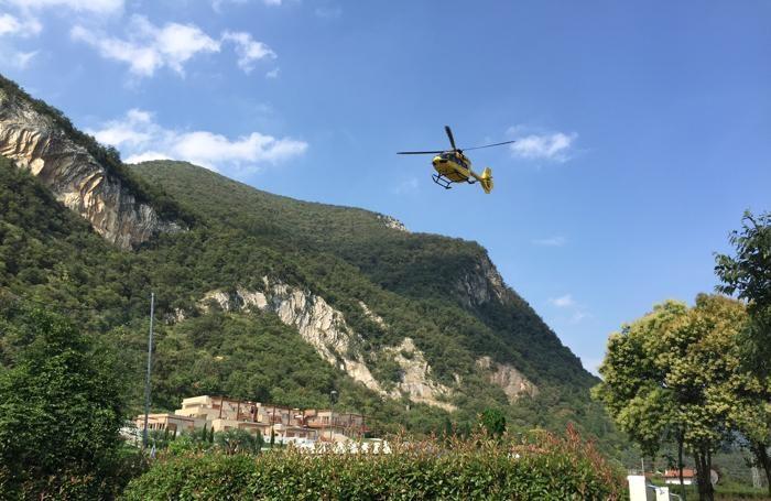 L'elisoccorso in azione a Sarnico