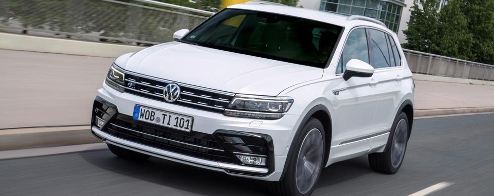 Volkswagen Tiguan C'è la versione biturbo