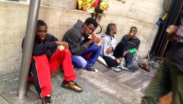 Milano, per accoglienza attivata caserma