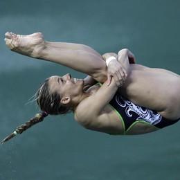 Tuffi, medaglia di bronzo per Tania  Trampolino, è  terza dai tre metri - video