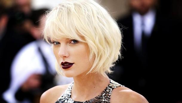 Taylor Swift dona 1mln a Louisiana