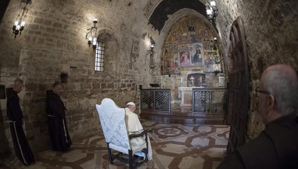 Papa torna Assisi e il 31/8 a Fiera Roma