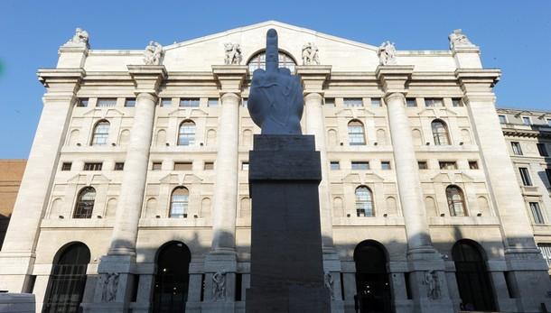 Borsa: Milano apre in calo (-0,15%)