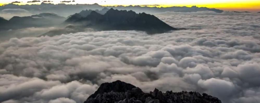 L'incredibile alba sulla Presolana Guarda questo video. Tutto d'un fiato
