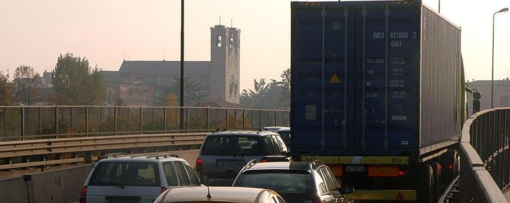 «Viadotto di Boccaleone, che disastro Anche in agosto e dopo i lavori» - la lettera