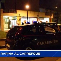 Lallio, rapina al Carrefour