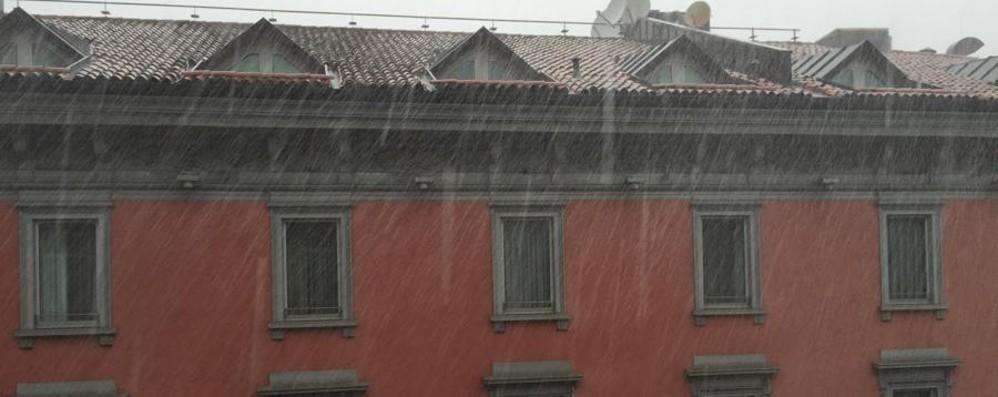 Nubifragio sulla città, tanto per cambiare Domenica però è previsto  bel tempo