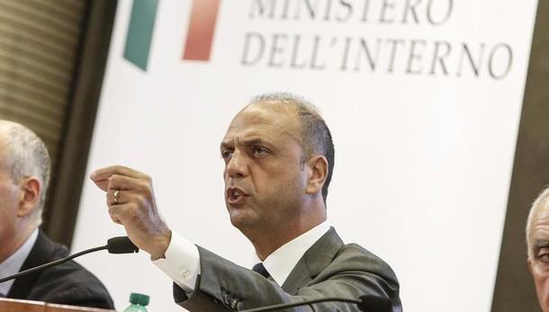 Referendum: Alfano, Renzi ha ragione