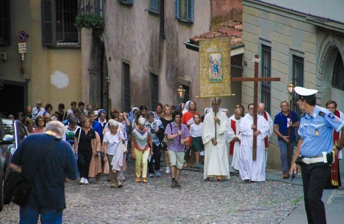 La processione di Sant'Alessandro