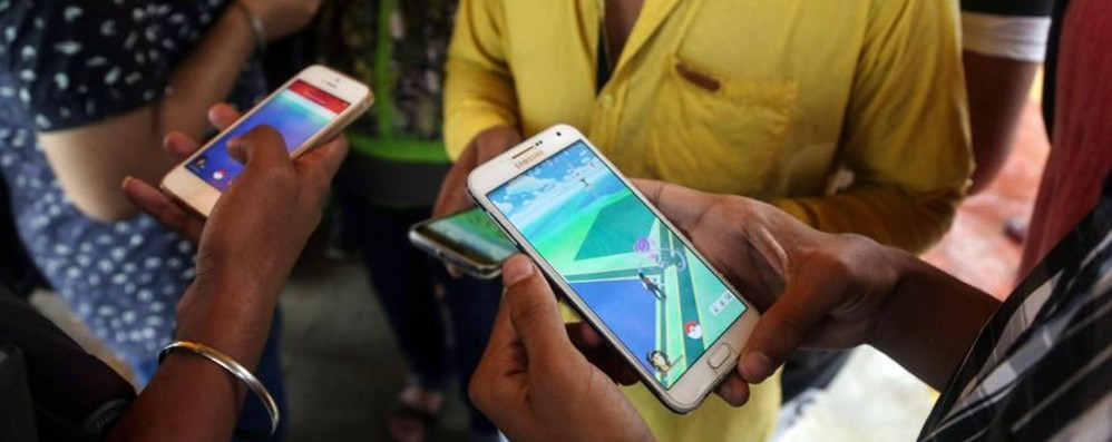 Compra uno smartphone, trova un limone La denuncia va a buon fine: restituiti i soldi