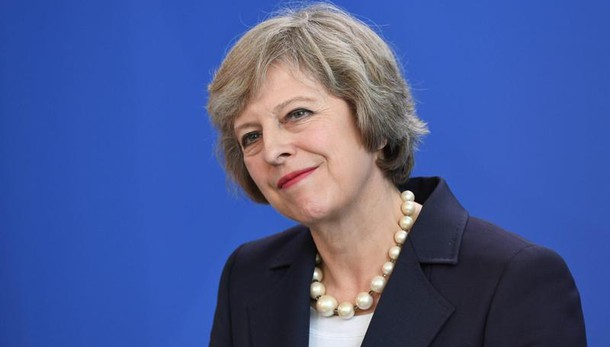 May, avanti con Brexit senza Parlamento