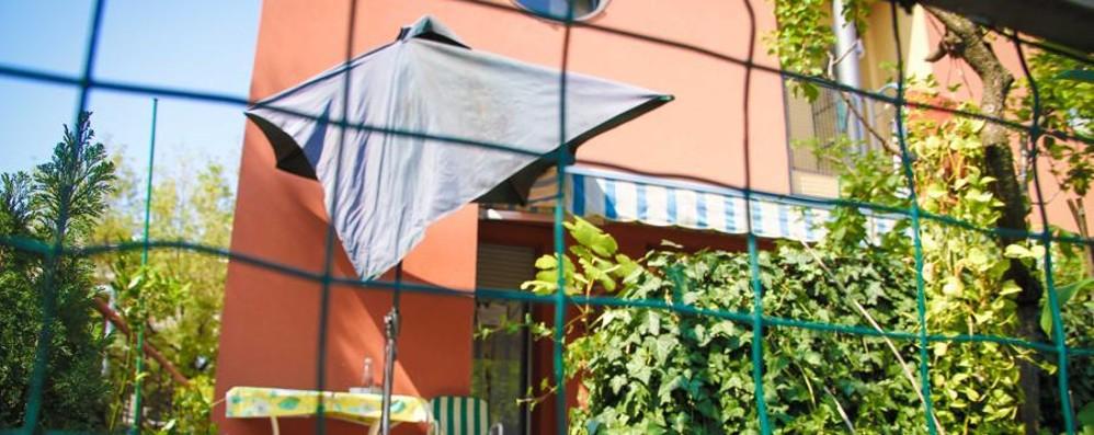 Omicidio Seriate: famiglia irreprensibile Non si è ancora trovata l'arma del delitto