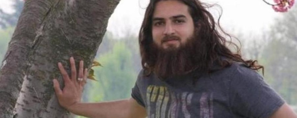 «Attaccare un aereo non è difficile» Il pakistano espulso mirava a Orio
