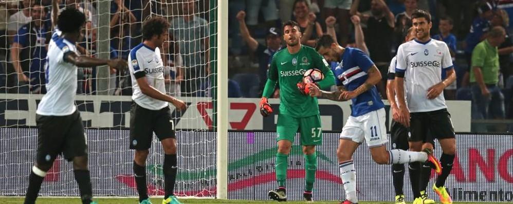 Atalanta ancora ko: 2-1 per la Samp Non riesce la rimonta in dieci uomini