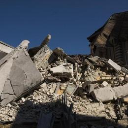 Dopo il terremoto inizia l'inchiesta  Lavori non antisismici alla scuola crollata
